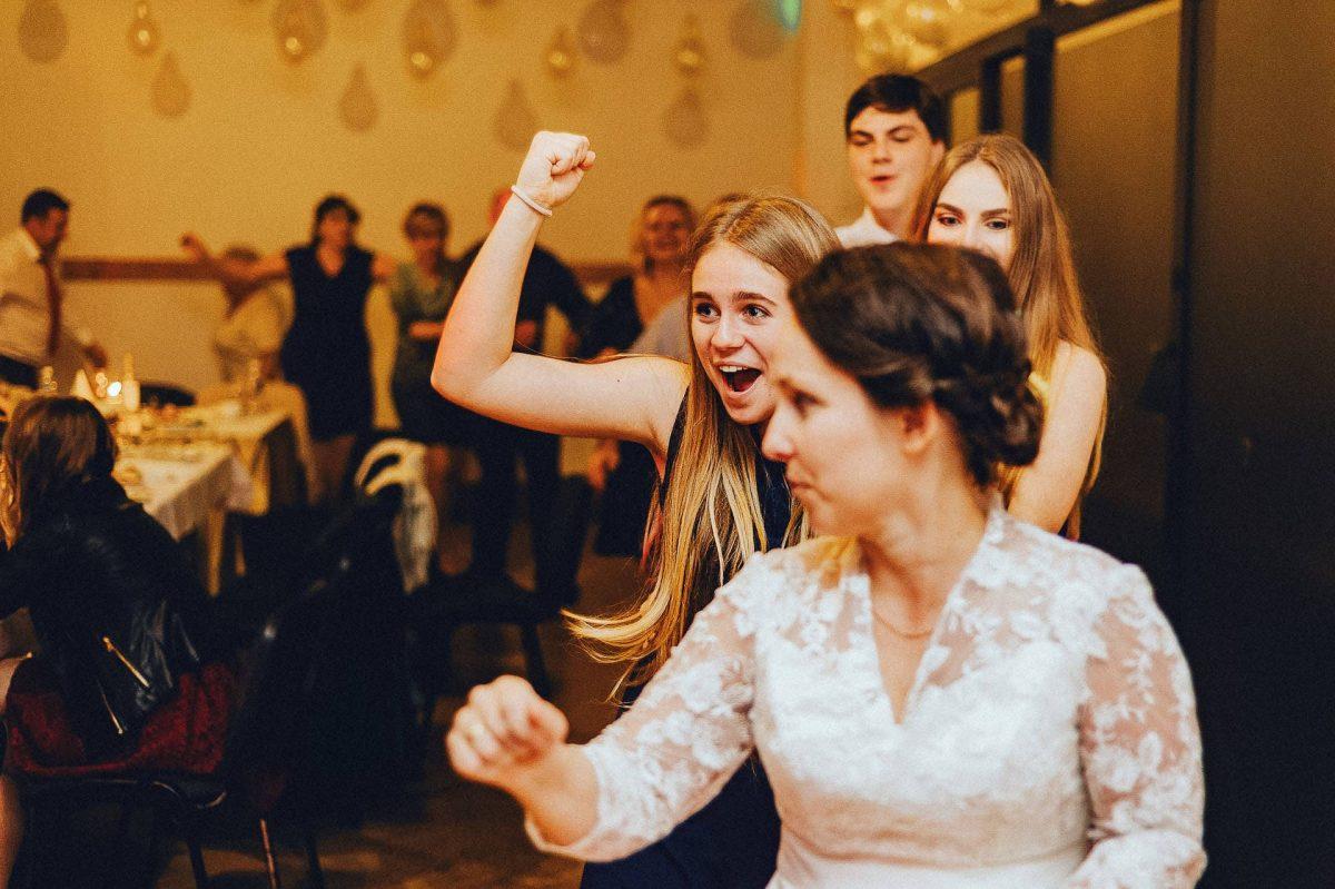 Ślub_w_Energetyku_Krasnobrod_Kacper_Ksykiewicz_Fotograf_Slubny