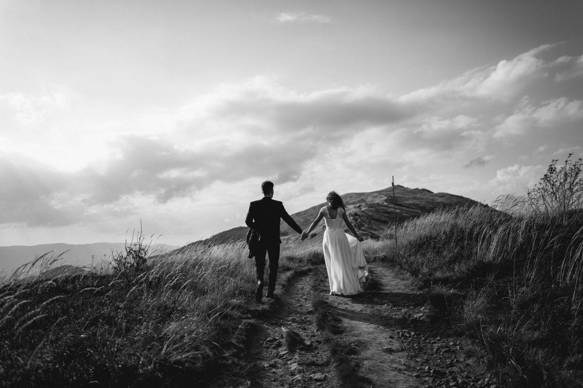 Sesja poslubna w Bieszczadach Kacper Ksykiewicz Fotograf Slubny