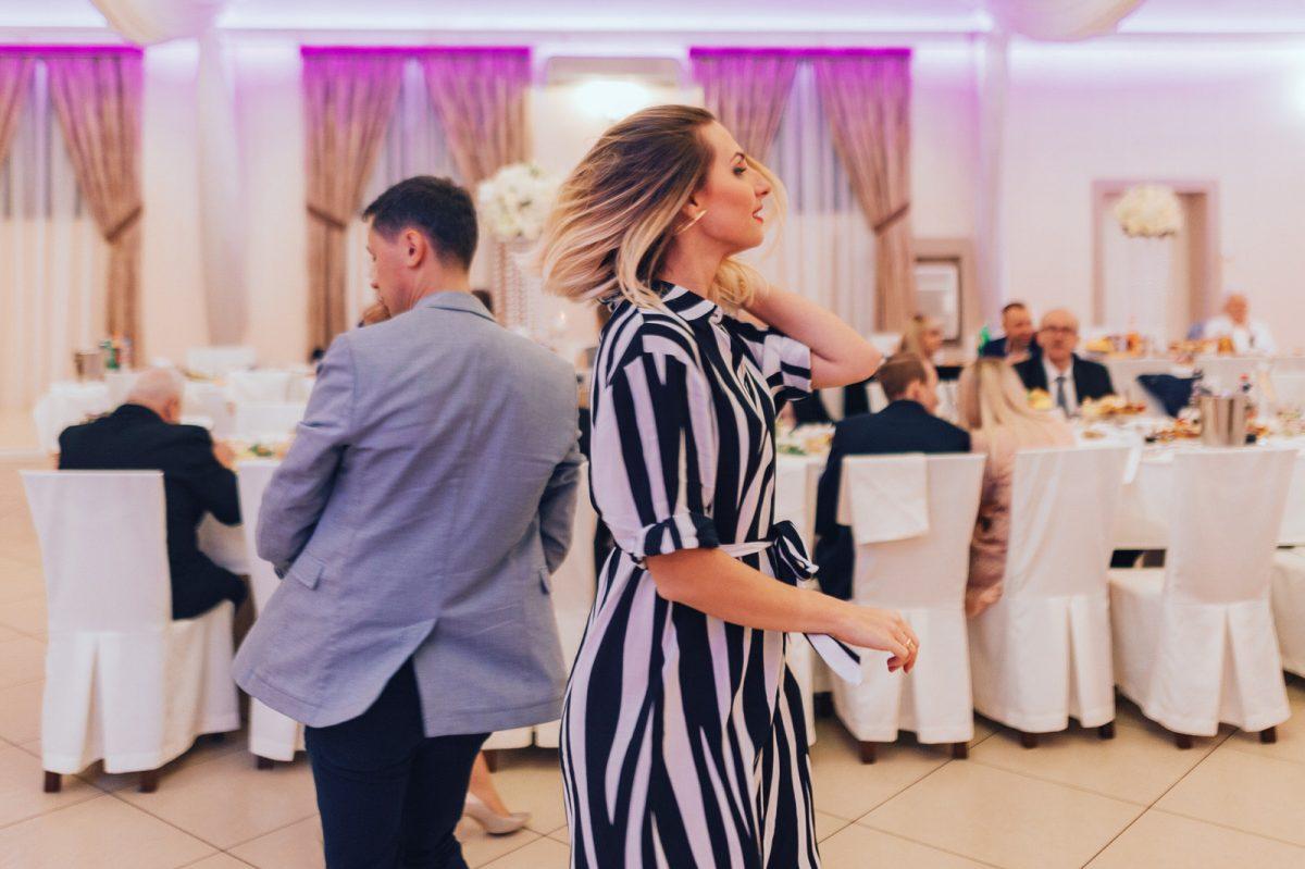 wesele w domu biesiadnym w Niegowie